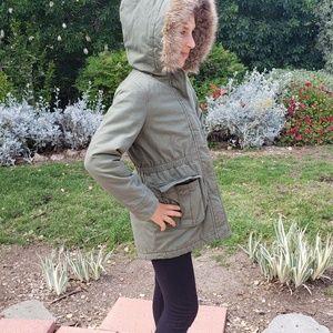 Winter GAP jacket with fur trim hood - girls